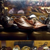 Boty zobrazení v okně obchodu