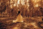 Scary Woman in the Wood,Ghost Bride in Haunted Forest