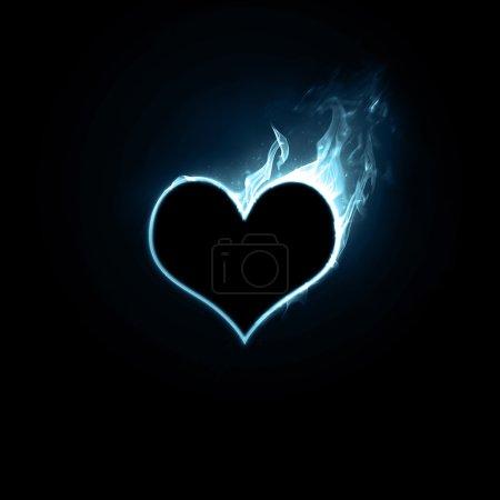 Photo pour Brillant brillant coeur bleu sur fond noir. - image libre de droit