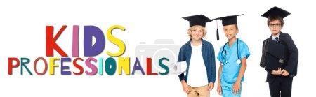 Photo pour Enfants en casquettes de graduation vêtus de costumes de différentes professions près des enfants professionnels lettrage sur blanc, bannière - image libre de droit