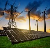 "Постер, картина, фотообои ""Панели солнечных батарей, ветряных турбин и электричество пилон"""