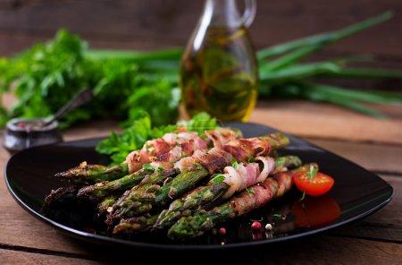 Grilled violet asparagus