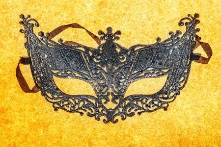 Photo pour Masque de carnaval unique déguisé en gros plan - image libre de droit