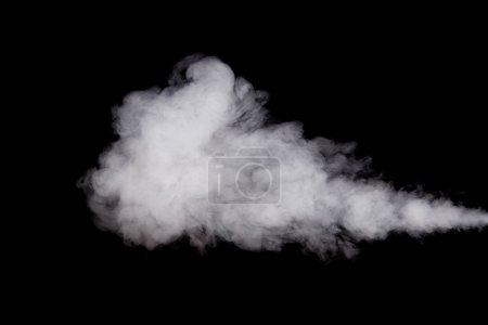 Photo pour Nuage de fumée blanche isolé sur fond noir - image libre de droit