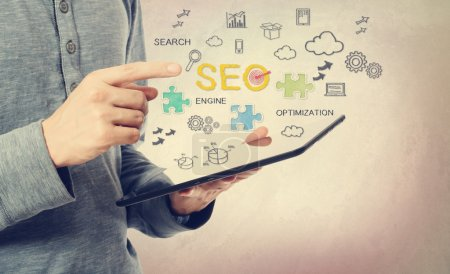 Man pointing at SEO concept