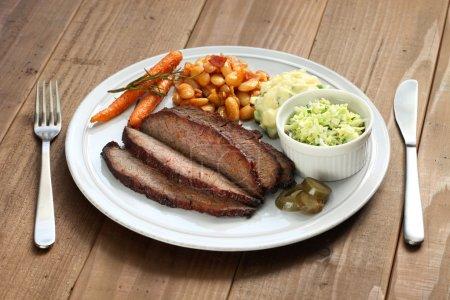 Photo pour Plaque de poitrine de bœuf barbecue - image libre de droit