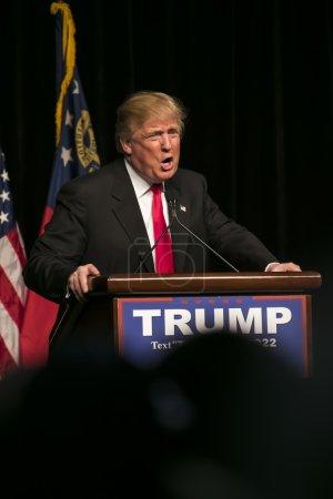 Республиканский Кандидат В Президенты Дональд Дж