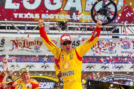 NASCAR:  Apr 07 Duck Commander 500