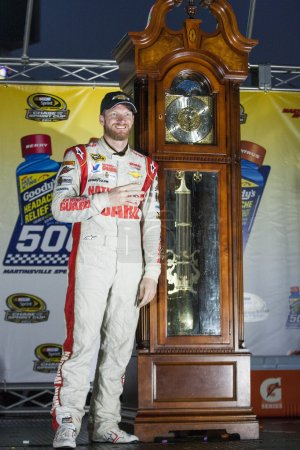 NASCAR:  Oct 26 Goody's Headache Relief Shot 500