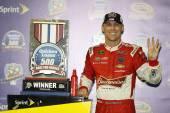 NASCAR:  Nov 09 Quicken Loans Race Heroes 500