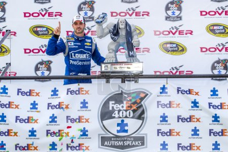 NASCAR:  May 31 FedEx 400 benefiting Autism Speaks