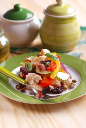 Panzanella - traditional Italian salad with pepper...
