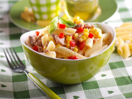 pasta salad with tuna and corn