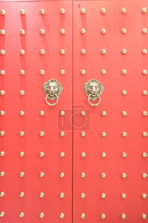 red Chinese doors
