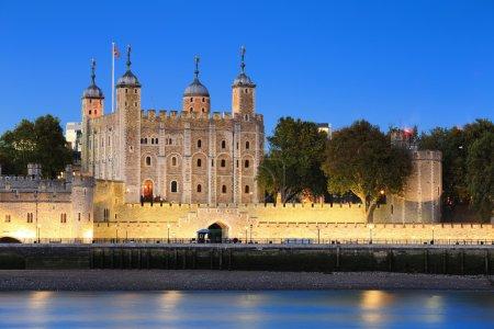 Photo pour La tour de Londres, à la nuit, United Kingdom, Royaume-Uni - image libre de droit