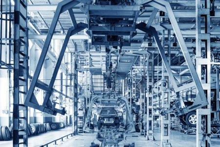 Photo pour Plancher d'usine, lignes de production de camionnette. - image libre de droit