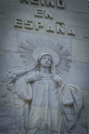 Photo pour Virgine.Cerro de los Angeles est situé dans la municipalité de Getafe, Madrid. Il est considéré comme le centre géographique de la péninsule ibérique - image libre de droit