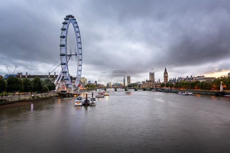 River Thames, Westminster Palace and London Skyline in the Eveni