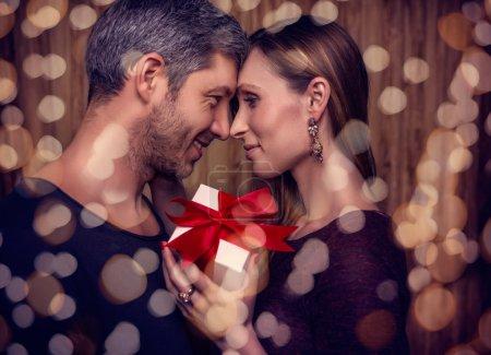 Photo pour Bling couple le 14 février - image libre de droit