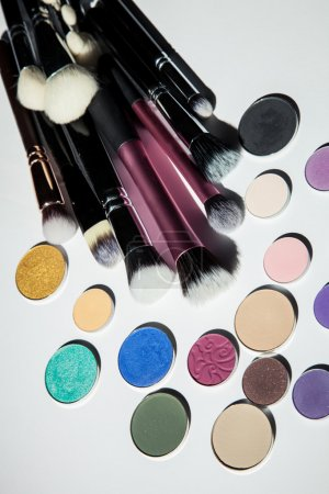 Cosmetic brushes and shadows