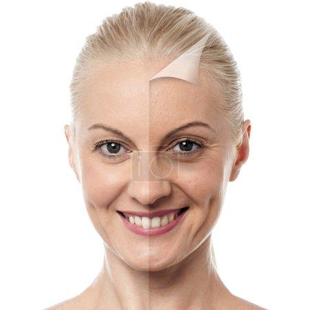 Photo pour Visage de belle femme avant et après retouche - image libre de droit