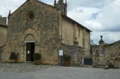 Kostel v Monteriggioni, Itálie