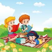 """Постер, картина, фотообои """"Дети, читать книги в парке"""""""