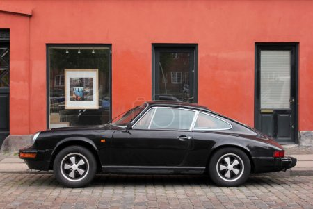 COPENHAGEN - MAY 19, 2012: Vintage Porsche 911 at ...