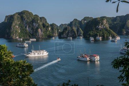 Day in Ha Long Bay