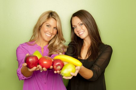 Female Nutritionists