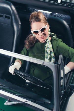 Retro 1960 woman with sunglasses