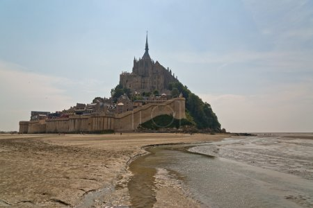The causeway leading to Mont St Michel