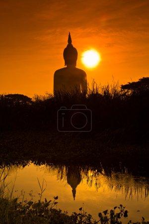 Big buddha statue at Wat muang