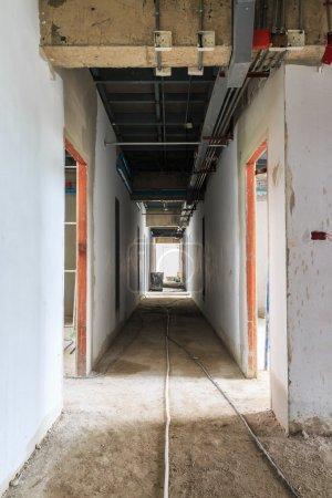 Photo pour Hall de la zone de travail du chantier de construction - image libre de droit