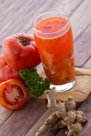 Coconut and tomato smoothies