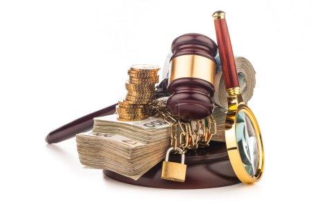 Money chain  and judge gavel