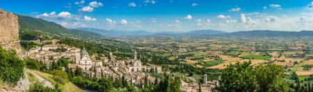 ancient town of assisi umbria italy