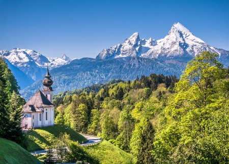 Idyllic mountain landscape in the Bavarian Alps, Berchtesgadener Land, Bavaria, Germany