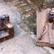 Traditional weighing device-metallic scales with i...