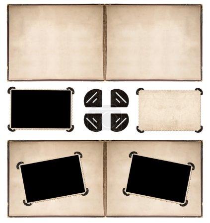Photo pour Page d'album photo avec des cadres de style rétro et des coins isolés sur fond blanc - image libre de droit