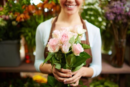 Bouquet in female hands