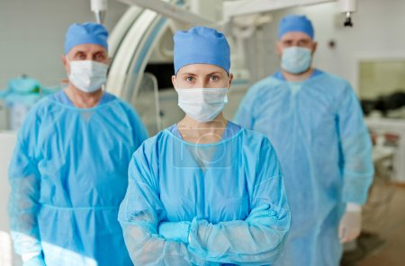 Team of confident surgeons