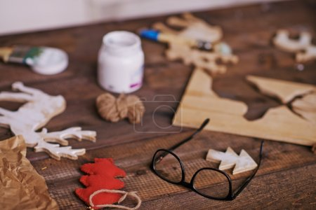 Eyeglasses and craft objects