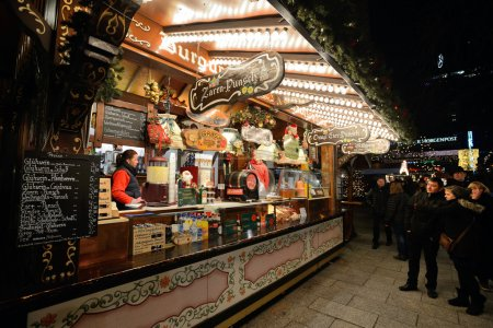 People trades food in annual traditional Christmas fair