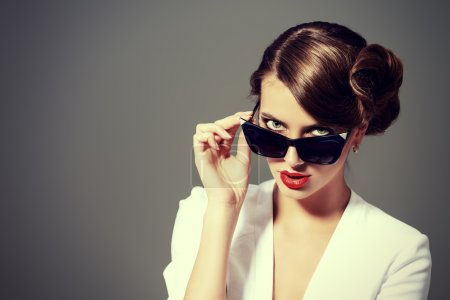 Optics, eyewear