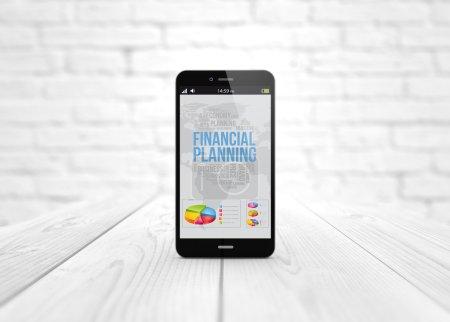 Photo pour Concept d'entreprise et de communication moderne : smartphone numérique sur table en bois avec application de planification financière. Tous les graphiques d'écran sont constitués . - image libre de droit