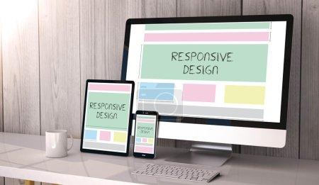 Photo pour Appareils numériques sur table avec un réactif design site Web - image libre de droit