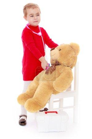 Little girl Teddy bear treats