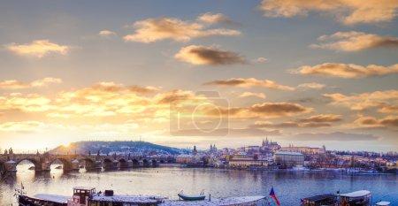 Charles bridge with Prague castle in Prague (UNESCO), Czech republic