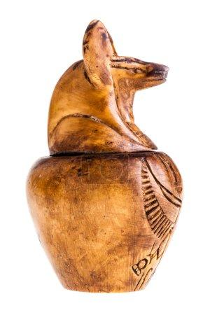 Photo pour Les pots canopes ont été utilisés par les anciens Égyptiens pendant le processus de momification pour stocker et préserver les viscères de leur propriétaire pour l'au-delà - image libre de droit